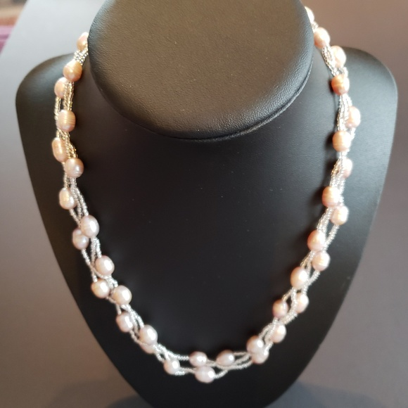 Jewelry - NWOT Fresh Water Pearl Necklace